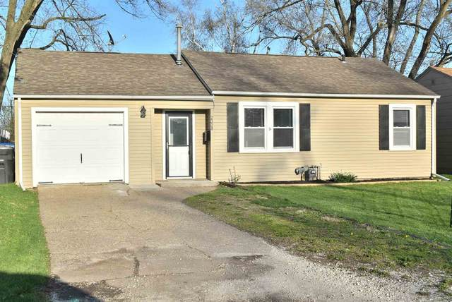 2328 47TH Street, Moline, IL 61265 (#QC4220487) :: Nikki Sailor | RE/MAX River Cities