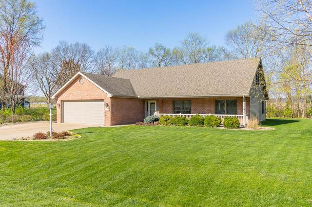 15207 N 7TH Street, Chillicothe, IL 61523 (#PA1223847) :: The Bryson Smith Team