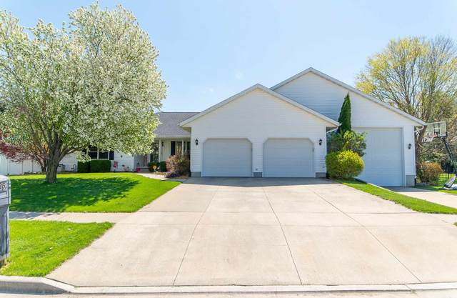 15 Westminster Drive, Lincoln, IL 62656 (#CA1006292) :: The Bryson Smith Team