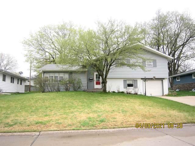 2519 29TH Avenue, Rock Island, IL 61201 (#QC4220603) :: Paramount Homes QC