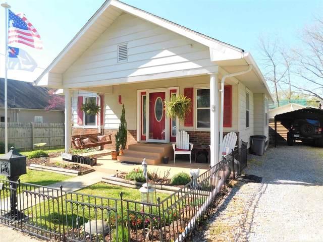 305 W 5TH Street, West Frankfort, IL 62896 (#QC4220701) :: Killebrew - Real Estate Group