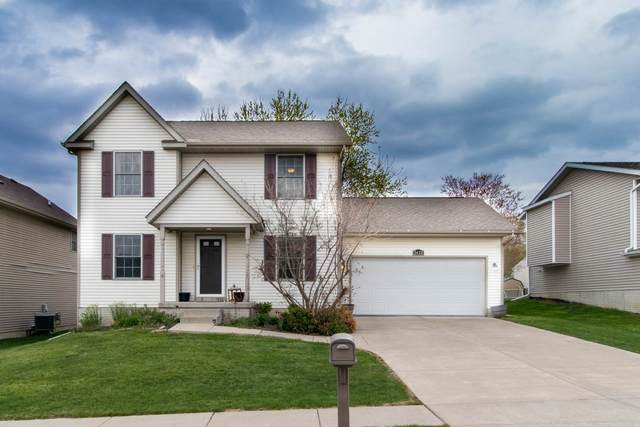 2632 W 54TH Street, Davenport, IA 52806 (#QC4220911) :: Killebrew - Real Estate Group