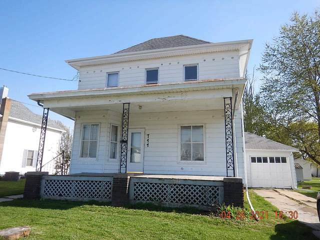 711 Rockwell Street, Kewanee, IL 61443 (#QC4221007) :: Killebrew - Real Estate Group