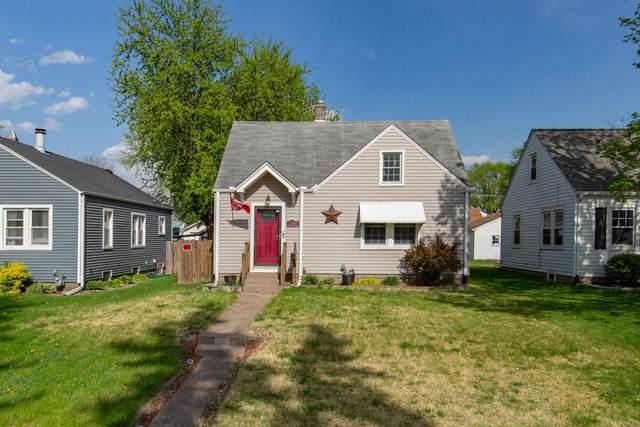 2340 28TH Street, Moline, IL 61265 (#QC4221072) :: Killebrew - Real Estate Group