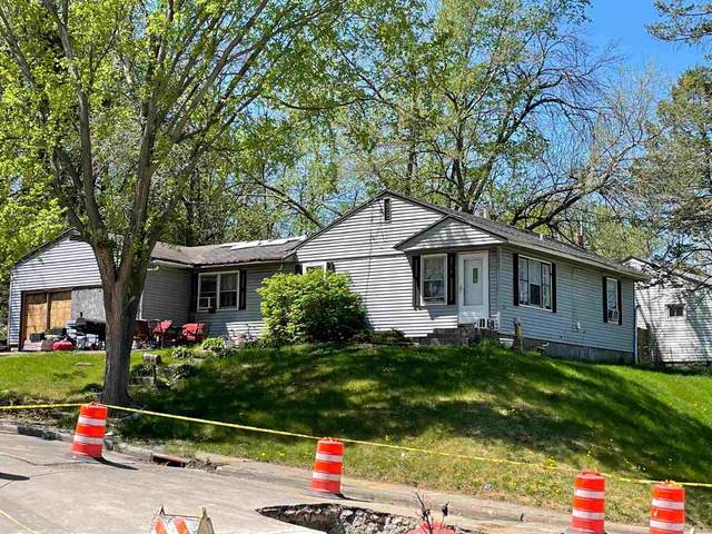 1433 Kirkwood Boulevard, Davenport, IA 52803 (#QC4221089) :: Nikki Sailor | RE/MAX River Cities
