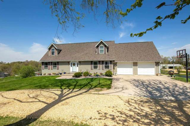 15180 270TH Street, Long Grove, IA 52756 (#QC4221100) :: Nikki Sailor | RE/MAX River Cities