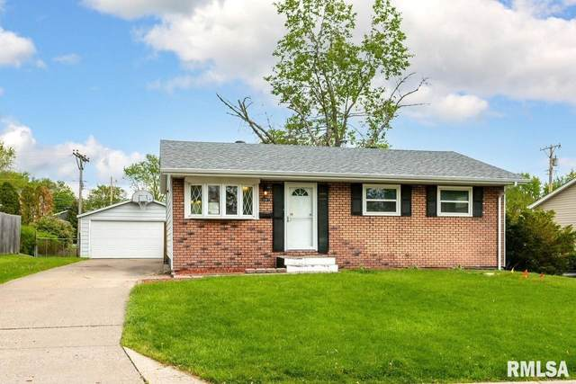 3307 Clover Hills Drive, Bettendorf, IA 52722 (#QC4221431) :: The Bryson Smith Team