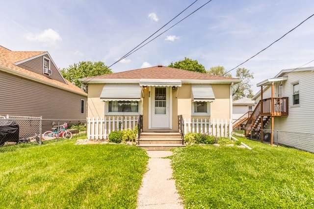 210 Crescent Avenue, East Peoria, IL 61611 (#PA1224975) :: The Bryson Smith Team