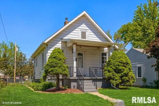 3238 Sunnyside, Davenport, IA 52802 (MLS #QC4221866) :: BN Homes Group