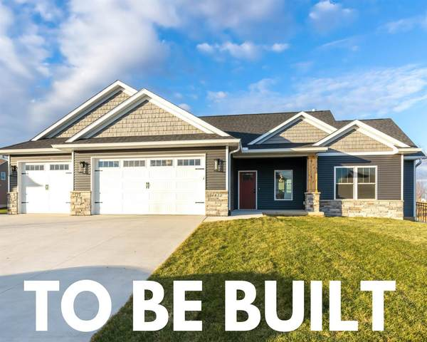 1 Country Club Court, Le Claire, IA 52753 (#QC4222668) :: Paramount Homes QC