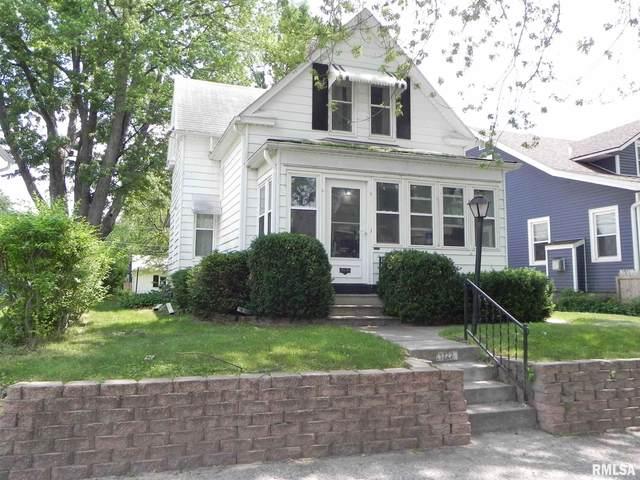 1722 11TH Street, Moline, IL 61265 (#QC4222763) :: RE/MAX Professionals