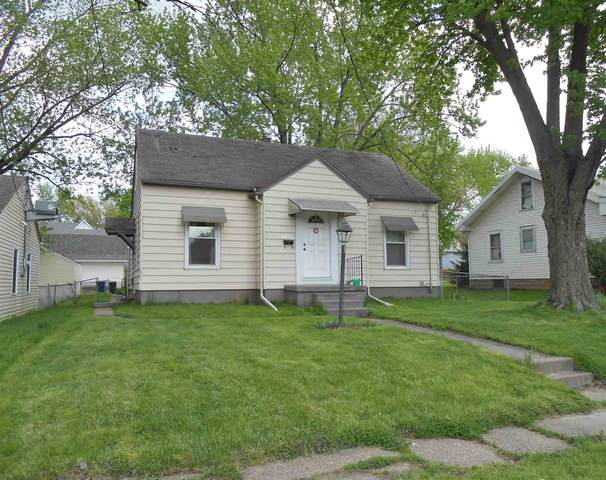 1107 S Ohio Avenue, Davenport, IA 52802 (#QC4222947) :: The Bryson Smith Team
