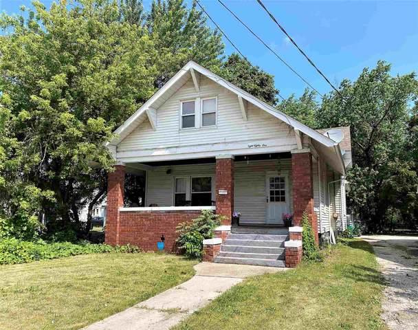 881 W Main Street, Galesburg, IL 61401 (#CA1007939) :: Kathy Garst Sales Team