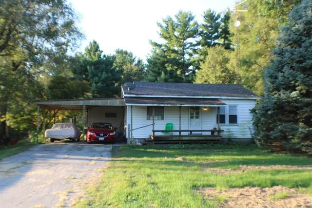 48 White Road, Glenarm, IL 62536 (#CA1008315) :: Kathy Garst Sales Team