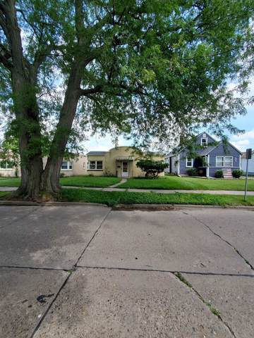 1823 46TH Street, Rock Island, IL 61201 (#QC4223905) :: The Bryson Smith Team