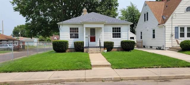 2313 W Kellogg Avenue, West Peoria, IL 61604 (#PA1226943) :: The Bryson Smith Team
