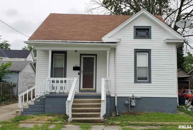 325 Liberty Place, Canton, IL 61520 (#PA1226990) :: RE/MAX Professionals