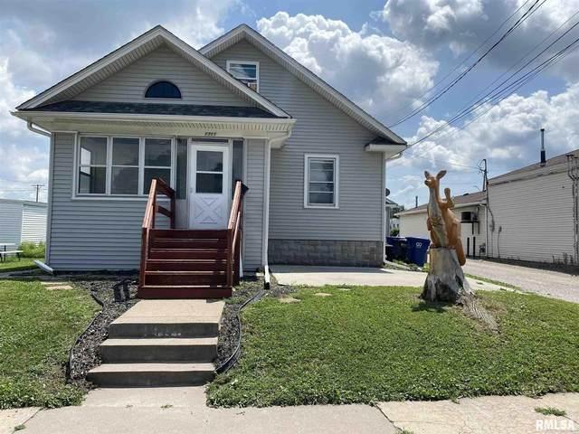 1711 W Pleasant Street, Davenport, IA 52804 (#QC4224465) :: Killebrew - Real Estate Group