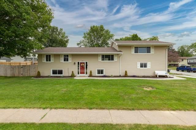 1503 Tanglefoot Lane, Bettendorf, IA 52722 (#QC4224632) :: Paramount Homes QC