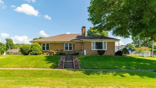 216 S Bogardus Street, Elkhart, IL 62634 (#CA1008937) :: Kathy Garst Sales Team