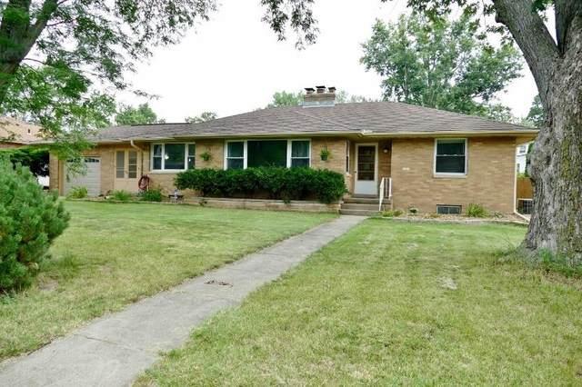1321 W Pinecrest Drive, Peoria, IL 61614 (#PA1227717) :: RE/MAX Preferred Choice