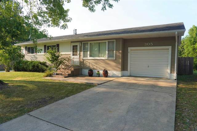305 5TH Street, Hampton, IL 61256 (#QC4225543) :: RE/MAX Preferred Choice