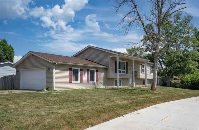 1732 Spruce Hills Drive, Bettendorf, IA 52722 (#QC4225620) :: Paramount Homes QC