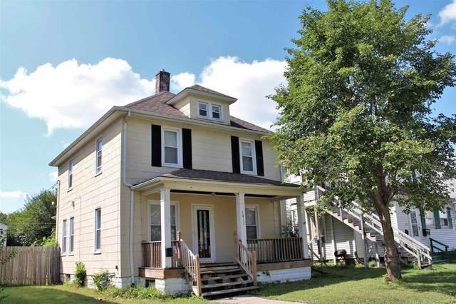 1911 11TH Street, Moline, IL 61265 (#QC4226040) :: Paramount Homes QC