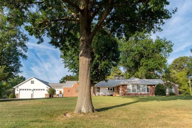 220 Wyatt Drive, Herrin, IL 62948 (#QC4226097) :: RE/MAX Preferred Choice