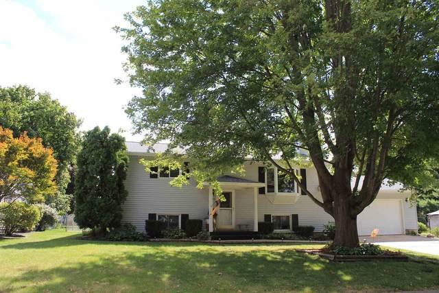 1718 Cardinal Drive, Galesburg, IL 61401 (#CA1010116) :: Kathy Garst Sales Team