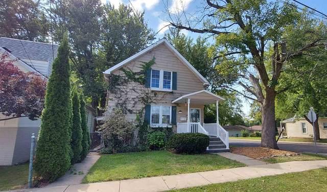 1200 E Hines Avenue, Peoria Heights, IL 61616 (#PA1229667) :: The Bryson Smith Team