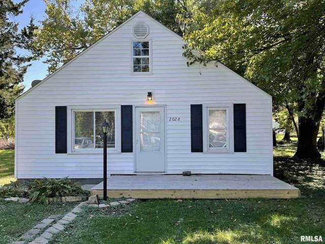 2028 W Richwoods Boulevard, Peoria, IL 61604 (#PA1229681) :: Killebrew - Real Estate Group