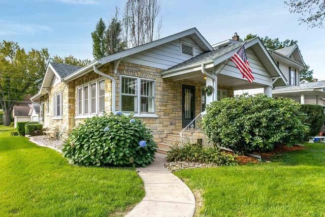728 20TH Avenue, East Moline, IL 61244 (#QC4227592) :: Paramount Homes QC