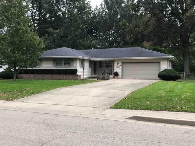 1410 W Main Cross Street, Taylorville, IL 62568 (#CA1010760) :: Kathy Garst Sales Team