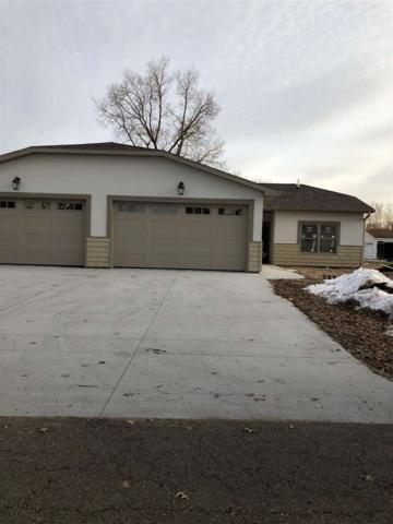411 4TH Street, Camanche, IA 52730 (#QC4186437) :: Killebrew - Real Estate Group