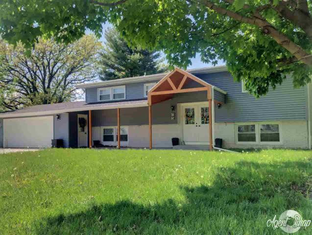 33 Shady Lane, Avon, IL 61415 (#QC4199609) :: Adam Merrick Real Estate