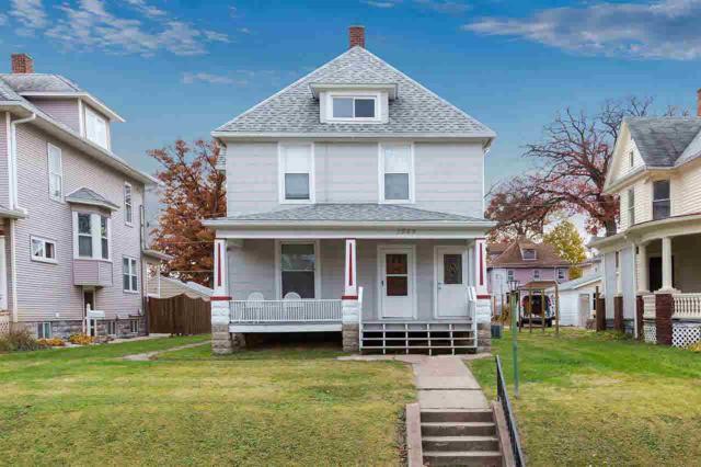 1544 11TH Avenue, Moline, IL 61265 (#QC4200678) :: Killebrew - Real Estate Group