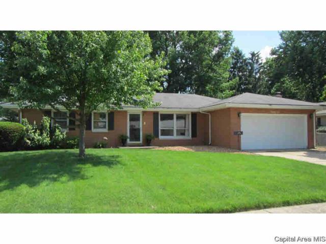 31 Westfair, Jacksonville, IL 62650 (#CA191469) :: Adam Merrick Real Estate