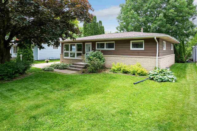 3519 37TH Street, Moline, IL 61265 (#QC4200990) :: Killebrew - Real Estate Group