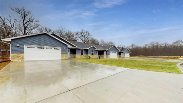 316 E River Court, Camanche, IA 52730 (#QC4201292) :: Adam Merrick Real Estate