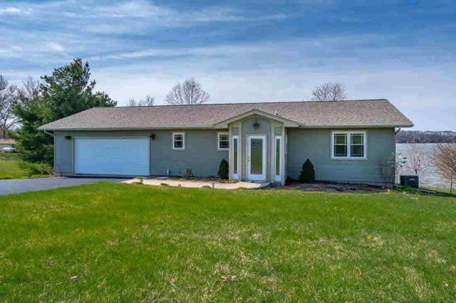 116 Kramer, Avon, IL 61415 (#QC4201886) :: Adam Merrick Real Estate
