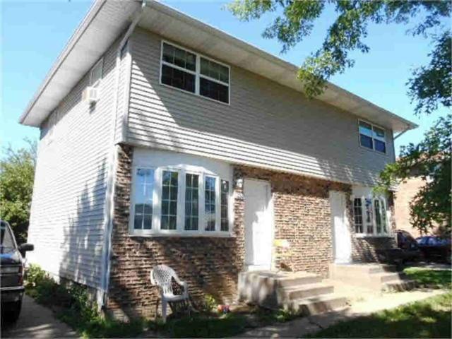 615-617 W 64TH Street, Davenport, IA 52806 (#QC4201981) :: Adam Merrick Real Estate