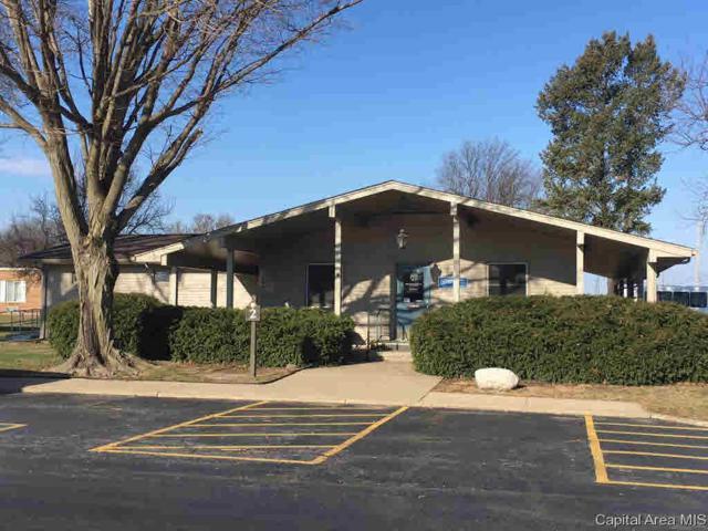 1515 W Walnut St, Jacksonville, IL 62650 (#CA192623) :: Killebrew - Real Estate Group