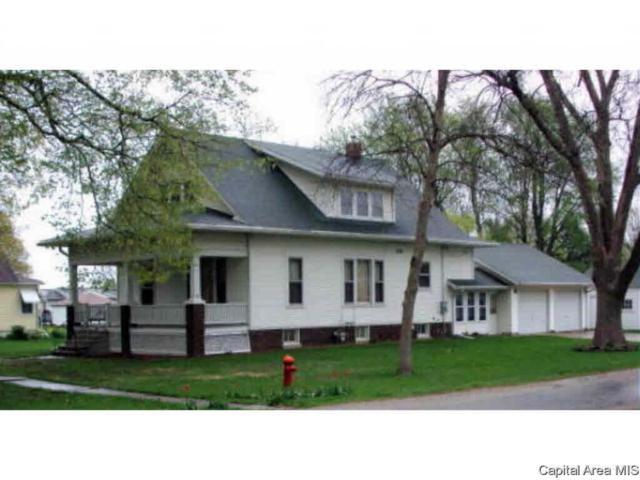 300 N 4TH AVE, New Windsor, IL 61465 (#CA192668) :: Adam Merrick Real Estate