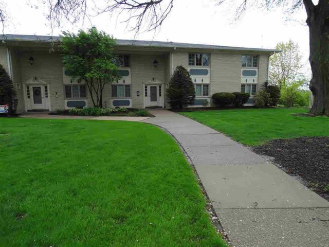 920 17TH, Moline, IL 61201 (#QC4202557) :: Adam Merrick Real Estate