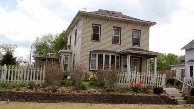 815 E 13TH Street, Davenport, IA 52803 (#QC4203037) :: Killebrew - Real Estate Group