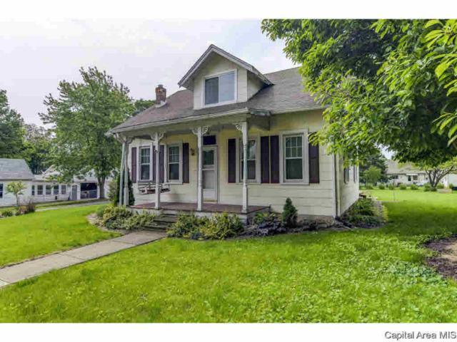 300 W Washington, Athens, IL 62613 (#CA193363) :: Killebrew - Real Estate Group