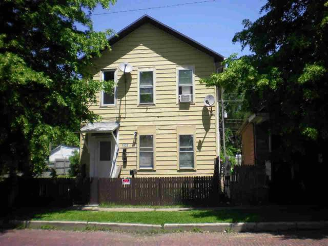 1022 W 5TH Street, Davenport, IA 52802 (#QC4203358) :: Killebrew - Real Estate Group