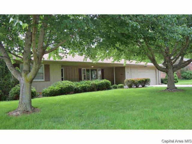 413 Westgate, Jacksonville, IL 62650 (#CA193498) :: Killebrew - Real Estate Group