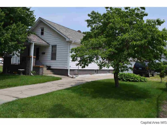 440 Sandy, Jacksonville, IL 62650 (#CA193544) :: Adam Merrick Real Estate